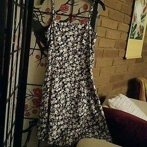 Ann Taylor Black White Floral Dress